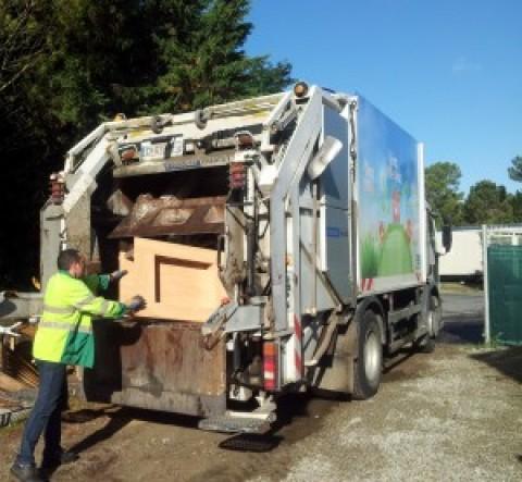 Expérimentation d'une collecte mensuelle gratuite de mobiliers usagés de camping en Vendée